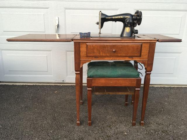 Excellent Antique Sewing Machine In Wood Table Hutch Cabinet With Home Interior And Landscaping Transignezvosmurscom