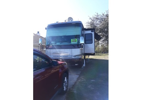 2008 Newmar Kountry Star with Tow bar