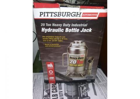 Pittsburgh Automotive 20 ton Hydraulic Heavy Duty Bottle Jack